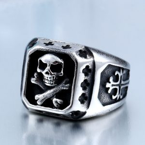 Pirate Skull Ring 3 300x300 - Pirate Skull Ring