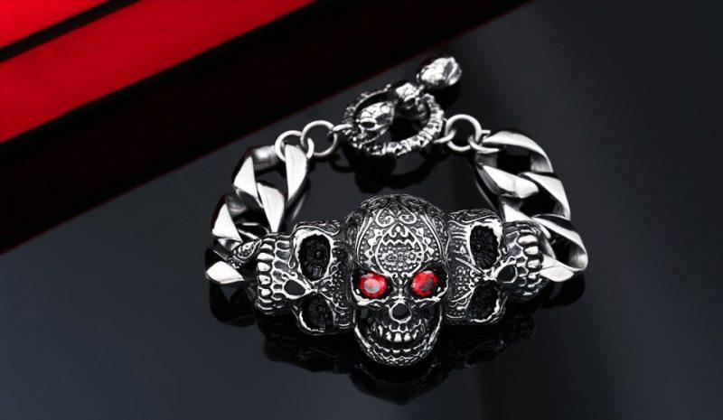 red eye stone biker skull bracelet 1 800x465 - Red Eye Stone Biker Skull Bracelet