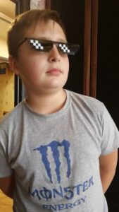 "N1thKc3D4 169x300 - ""Thug life"" Pixel Sunglasses"