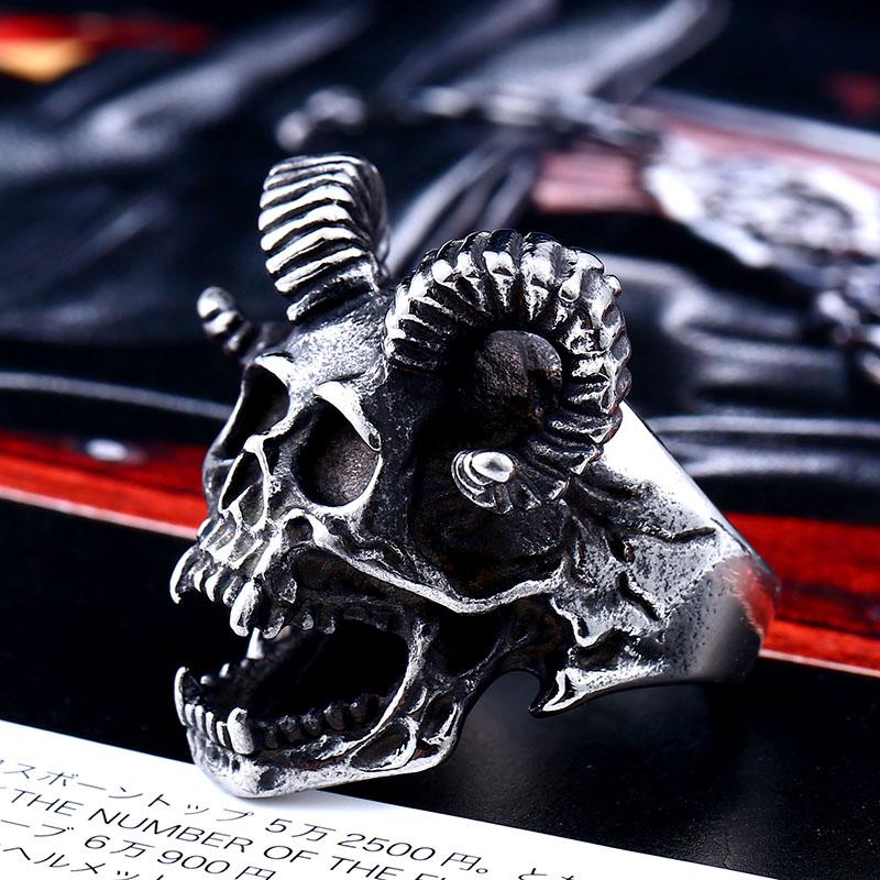 Skull Goat Horn Ring 3 - Skull Goat Horn Ring