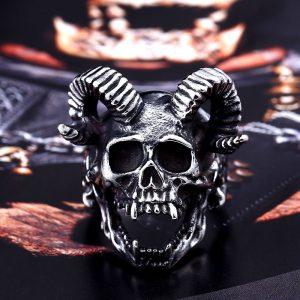 Skull Goat Horn Ring 4 300x300 - Skull Goat Horn Ring
