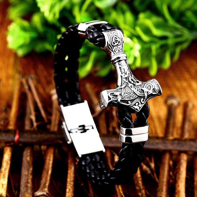 Thor Mjolnir Hammer bracelet 2 800x800 - Thor Mjolnir Hammer Bracelet