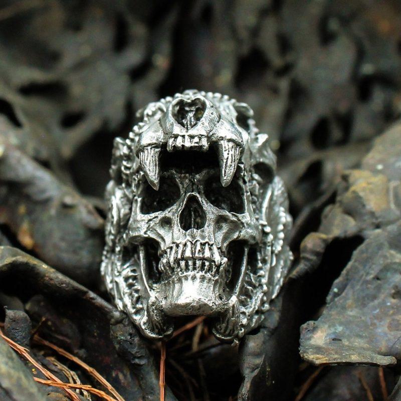 11237 a5766cbe17d228e09e18970e2ed9b5f0 800x800 - Men's Skull Shaped Ring