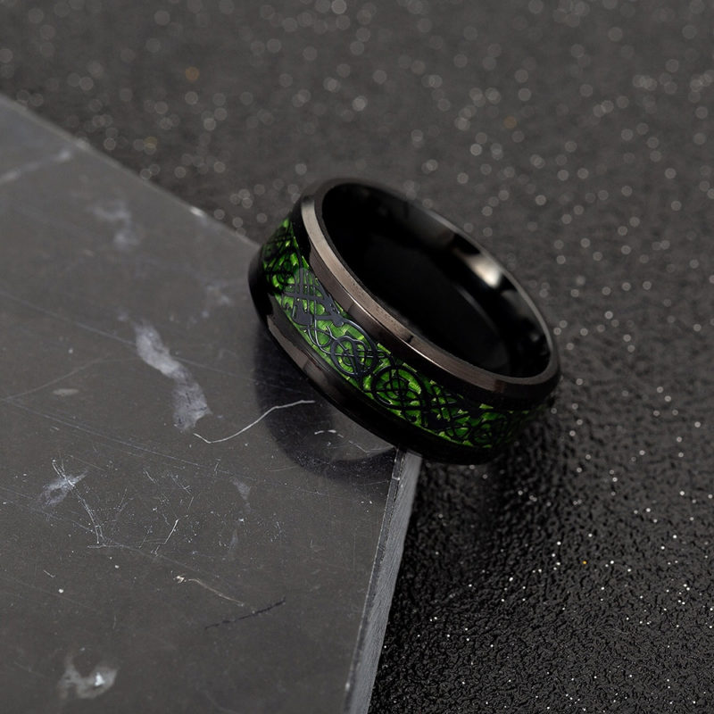 11355 8014bdeb06f316807010853f15758a12 800x800 - Black Celtic Pattern Men's Ring